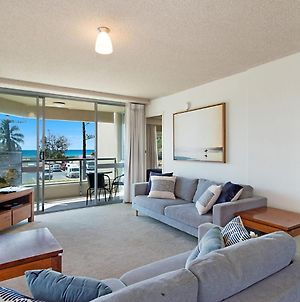 Kooringal Unit 3 - Wi-Fi Included In This Great Value Apartment Right On Greenmount Beach Coolangatta photos Exterior