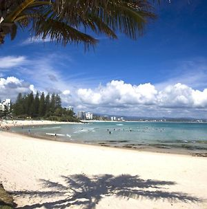 Pacific View Unit 5 - Comfortable Budget Style, Beachfront Rainbow Bay Coolangatta photos Exterior