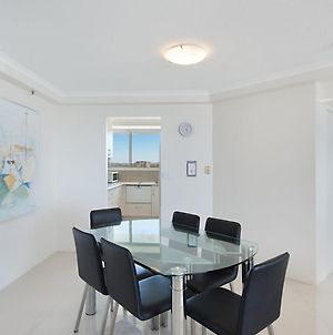 Ocean Plaza Unit 936 - Right On The Beach In The Centre Of Coolangatta photos Exterior