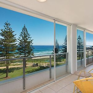 Rainbow Pacific Unit 20 - Beachfront Unit Rainbow Bay Coolangatta, Southern Gold Coast photos Exterior