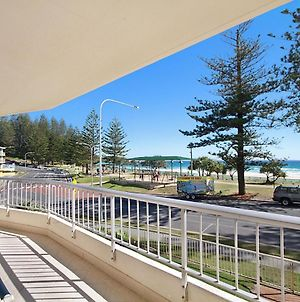 Rainbow Place Unit 5 - Beachfront Apartment In Rainbow Bay Coolangatta, Southern Gold Coast photos Exterior