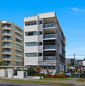 Sands On Greenmount Unit 4 - Beachfront Location With Ocean Views photos Exterior