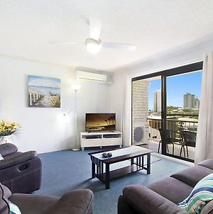 Skyline Unit 12 - Central Location Overlooking Coolangatta photos Exterior