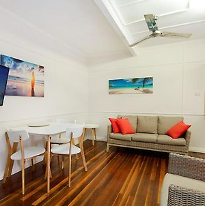 Tondio Terrace Flat 3 - Pet Friendly, Neat And Tidy Flat, Easy Walk To The Beach photos Exterior