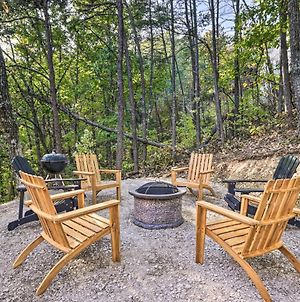 Mountains, Memories And Moonshine With Deck And Fire Pit photos Exterior