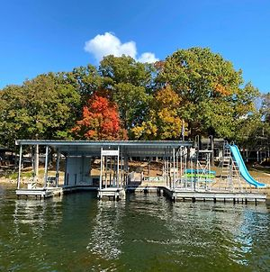Family Lake Home, Water Toys, Games, Boat Ramp And Slip photos Exterior