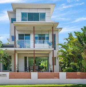Casuarina Luxury Beachfront Oasis photos Exterior