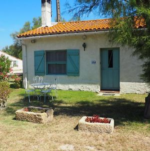 House With 3 Bedrooms In Saintes-Maries-De-La-Mer, With Furnished Garden - 20 Km From The Beach photos Exterior