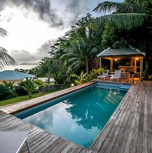 Red Coconut Self Catering With Swimming Pool photos Exterior