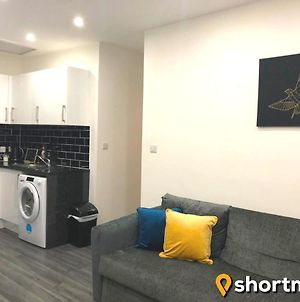 Shortmove - Parking, Close To Airport, City 10 Min, Kitchen photos Exterior