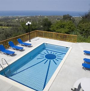 Holiday House For 10 Persons, With Swimming Pool photos Exterior