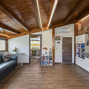 Cosy Apartment In Messina With Balcony photos Exterior