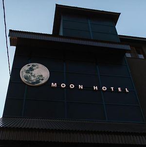 Moon Hotel photos Exterior