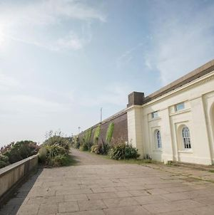 Constables Cottage - Tranquility On The Seafront photos Exterior