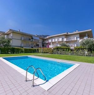 Torbole Relax, Pool & Balcony Apartment photos Exterior