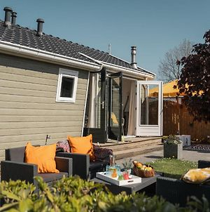 Nice Chalet With A Microwave, Near The Wadden Sea photos Exterior