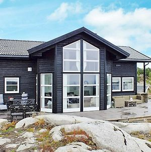 Three-Bedroom Holiday Home In Lyngdal 5 photos Exterior