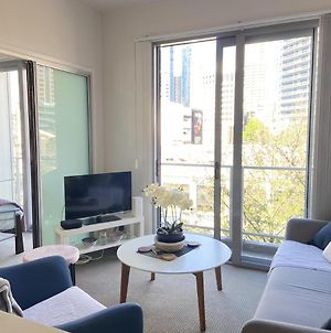 Luxury One Bed In The Heart Of The Cbd *Free Wifi* photos Exterior