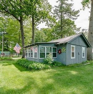 Quaint Cabin Near Many Attractions W/ Private Dock photos Exterior