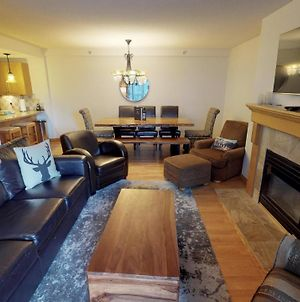 Spacious Ski In Ski Out Condo By Harmony Whistler photos Exterior