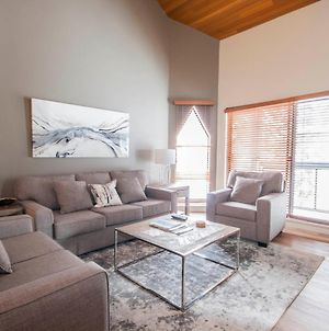Top Floor Apartment With Pool And Hot Tub By Harmony Whistler photos Exterior