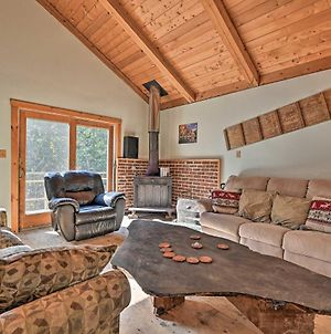 Remote Cabin With Fire Pit 3 Miles To Stowe Mtn! photos Exterior