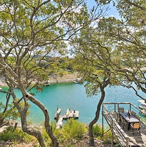 Spacious Lake Travis Home With Direct Water Access! photos Exterior