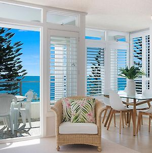 Rainbow Pacific Unit 11 - Great Value Unit Right On The Beach In Rainbow Bay Southern Gold Coast photos Exterior