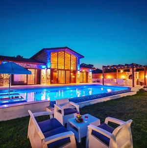 Dolfin Villa With Jacuzzi And Private Pool photos Exterior