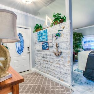 Spectacular Pet Friendly Home - 3 Bd With Fenced Yard photos Exterior