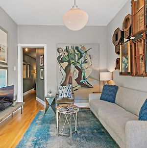 Live In Style Designer 2Br Apt In Festive Boystown photos Exterior