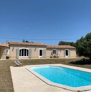 Inviting Villa In Bonnieux With Private Pool photos Exterior