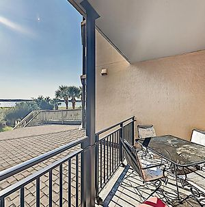 New Listing! All-Suite Ocean-View Condo With Pool Condo photos Exterior