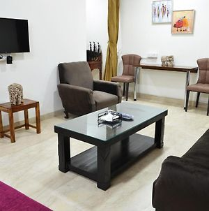 Raas Fully Furnished 1Bhk Independent Apartment 5 In Greater Kailash - 1 photos Exterior