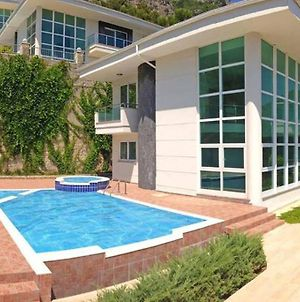 White Village Villa With Jacuzzi And Private Pool photos Exterior