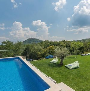 Beautiful And Modern Villa With Pool For 9 People Near Motovun photos Exterior