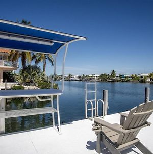 Reel Paradise 2Bed 2Bath Half Duplex With Brand New Private Pool, Deck & Dockage photos Exterior