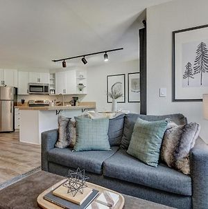 New Chic Ski In-Out Condo Sleeps 4 Park Free photos Exterior