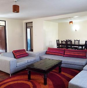 Duplex Apartments - 2Br Fully Furnished Apt photos Exterior