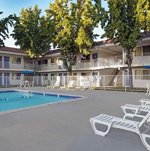 Motel 6 San Jose South photos Exterior