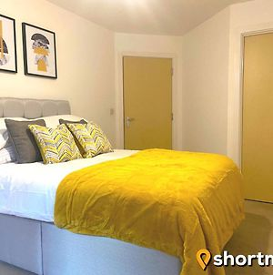 Shortmove - Ocean Village Sleeps 5, Wifi, Self Contained, Kitchen photos Exterior
