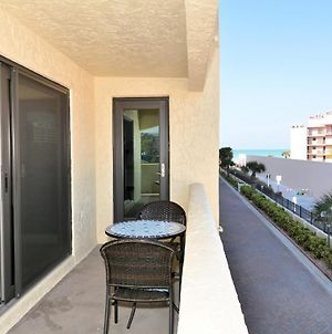 Condo 210 On The No 1 Beach In America Newly Remodeled 2Brs 2Baths At Sea Shell Beach Front Property photos Exterior