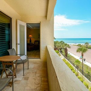 Condo 304 Spacious Fully Furnished 2Br 2Bath Recently Remodeled At Sea Shell Beach Front Property Located On Americas No 1 Beach photos Exterior