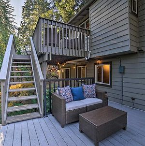 Family Home With Hot Tub - 12 Mi To Space Needle! photos Exterior