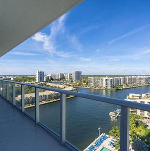 Luxury 2Br Apt With Water Views - Hyde Resort photos Exterior