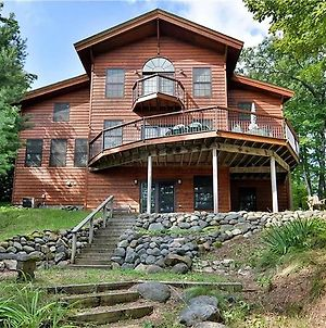 Round House On Round Lake photos Exterior