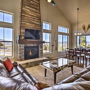 Ski-In And Ski-Out Retreat With Bbq And Shared Spa! photos Exterior