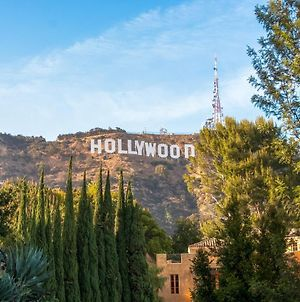 Hollywood Walk Of Fame 2Br&2Bath, Fast Wifi, Free Parking! - D2 photos Exterior
