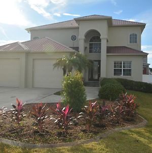 Ocean View Paradise - Steps Away From The Beach Will Accommodate Up To 10 People Including 1-3 Fa photos Exterior