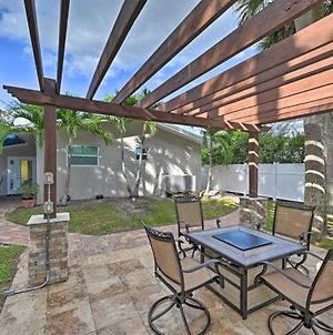 Quiet Naples Cottage With Patio Less Than 1 Mi To Beach photos Exterior